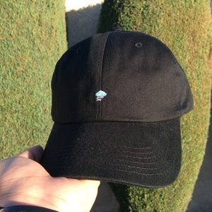 d77fcd409e4 Accessories - Rainy day dad hat nwt